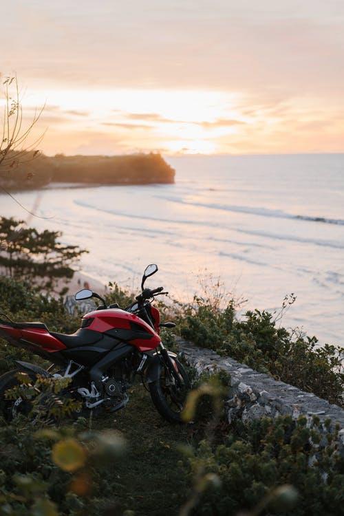 Motocicleta amigable con el planeta